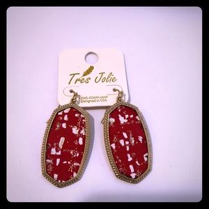 Ladies gold and red leather pendant and earrings